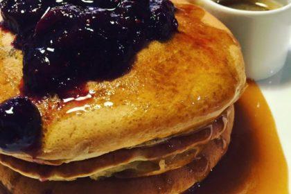 メープルバター・ブルーベリーパンケーキ