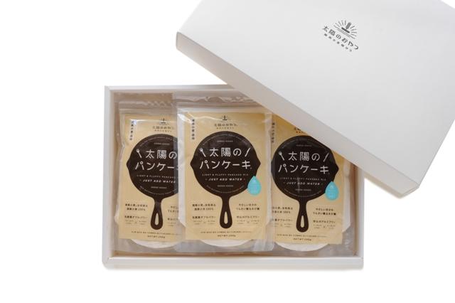 神奈川県藤沢市 ふるさと納税でもらえる【湘南小麦使用】太陽のパンケーキ200g×3袋セット 水だけで調理OK!
